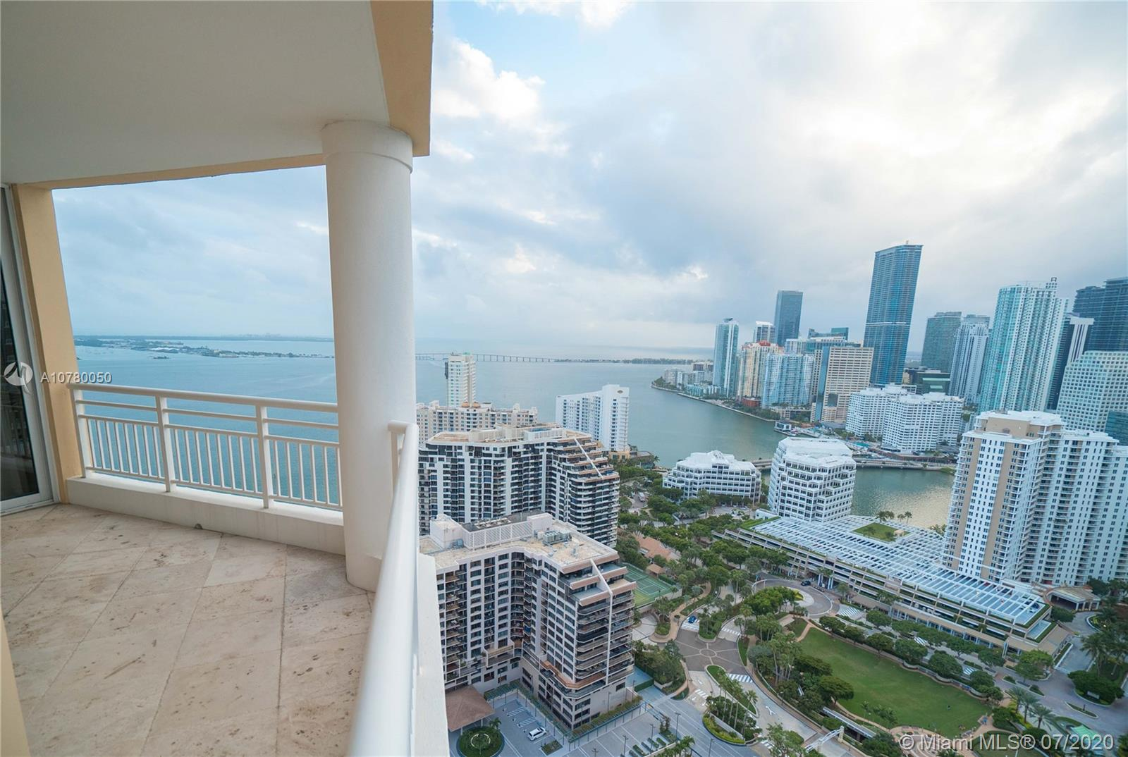848 Brickell Key Dr #3806 photo031