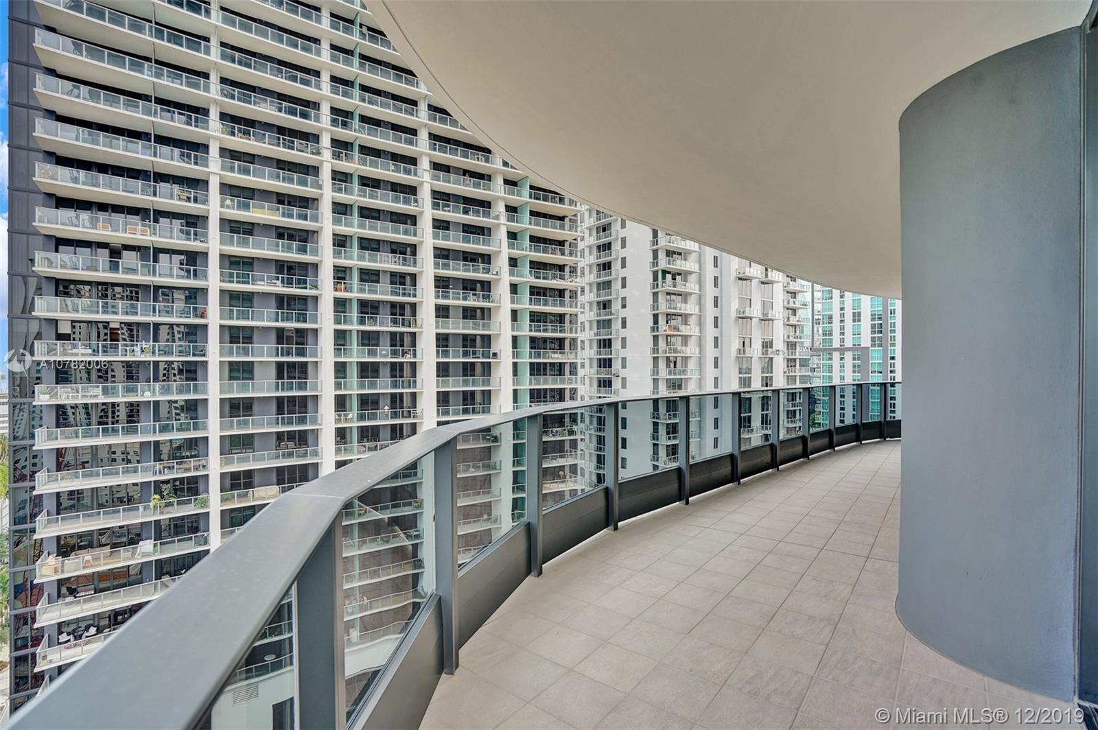 1000 Brickell Plaza #2215 photo034