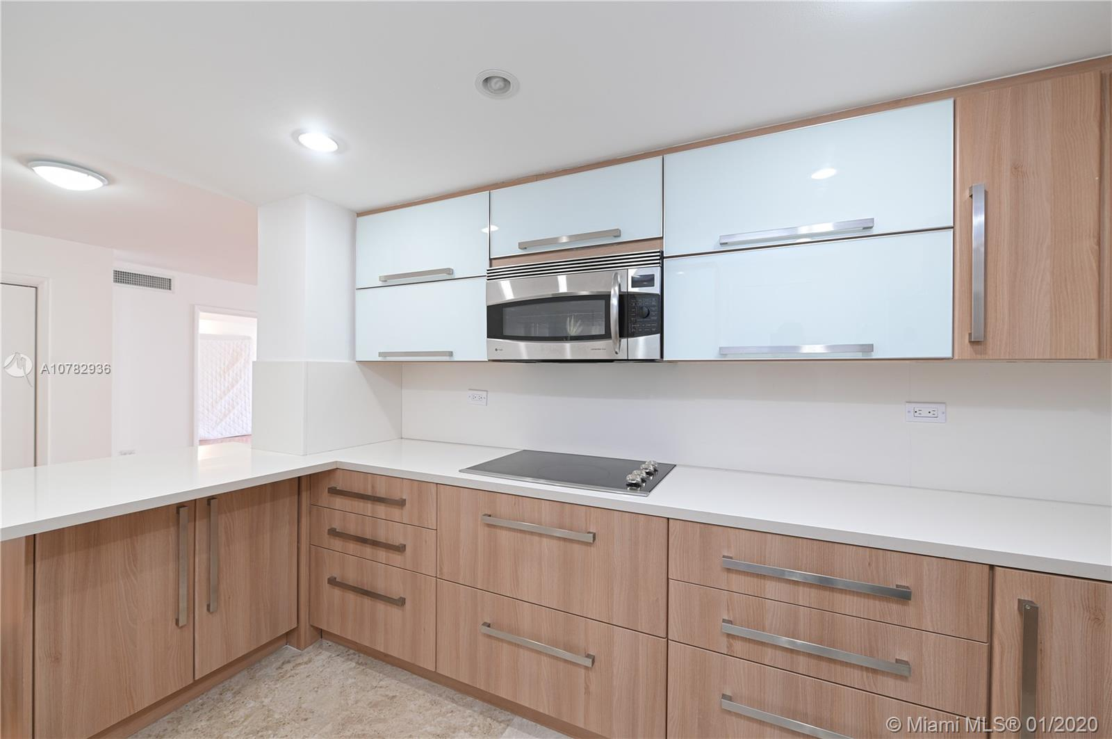5555 Collins Ave #10Z photo06