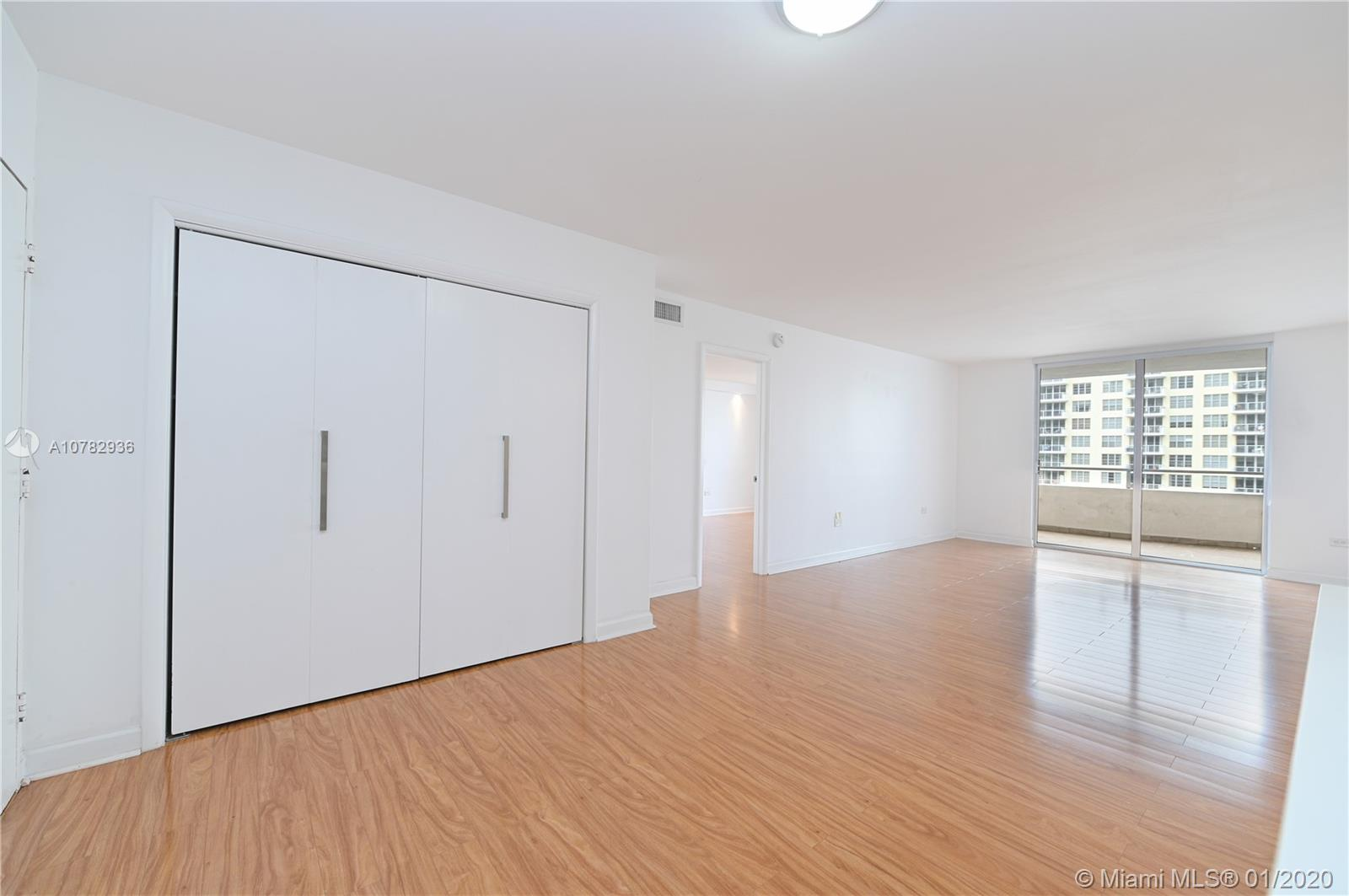 5555 Collins Ave #10Z photo013