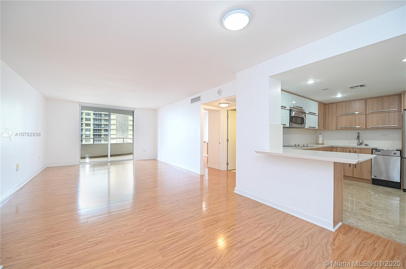 5555 Collins Ave #10Z photo012