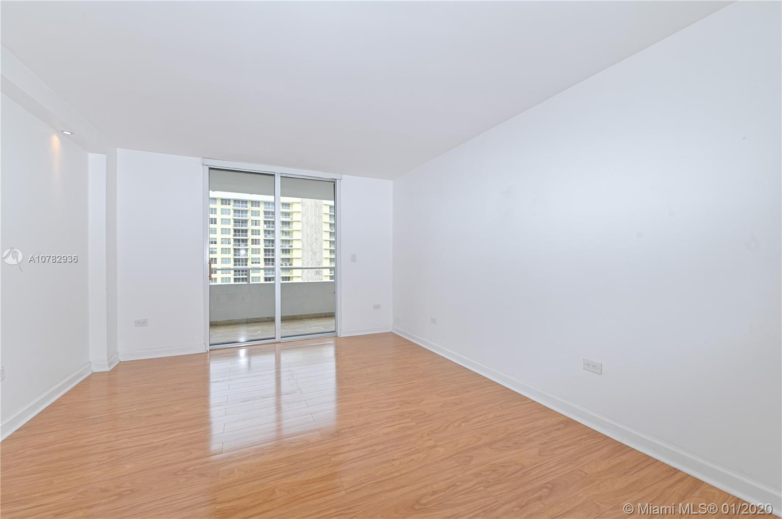 5555 Collins Ave #10Z photo01