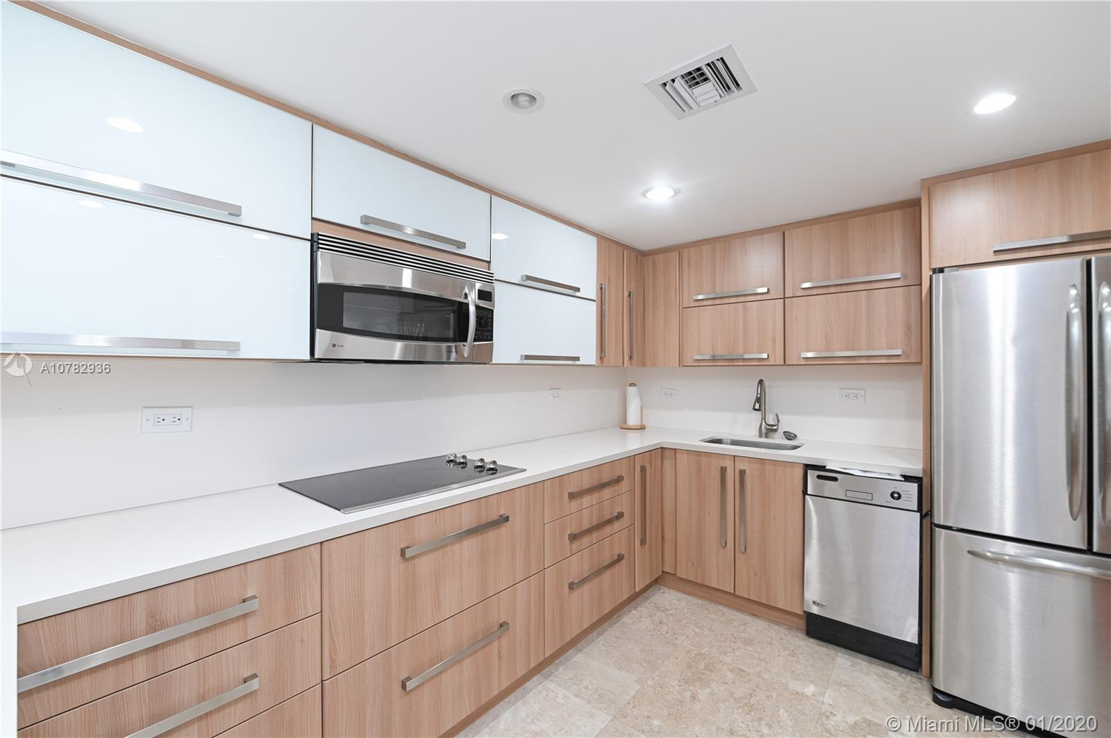 5555 Collins Ave #10Z photo05