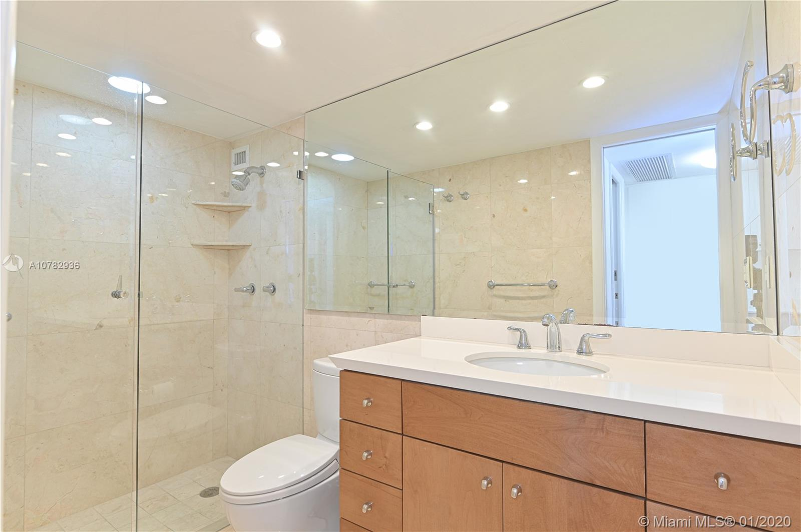5555 Collins Ave #10Z photo014