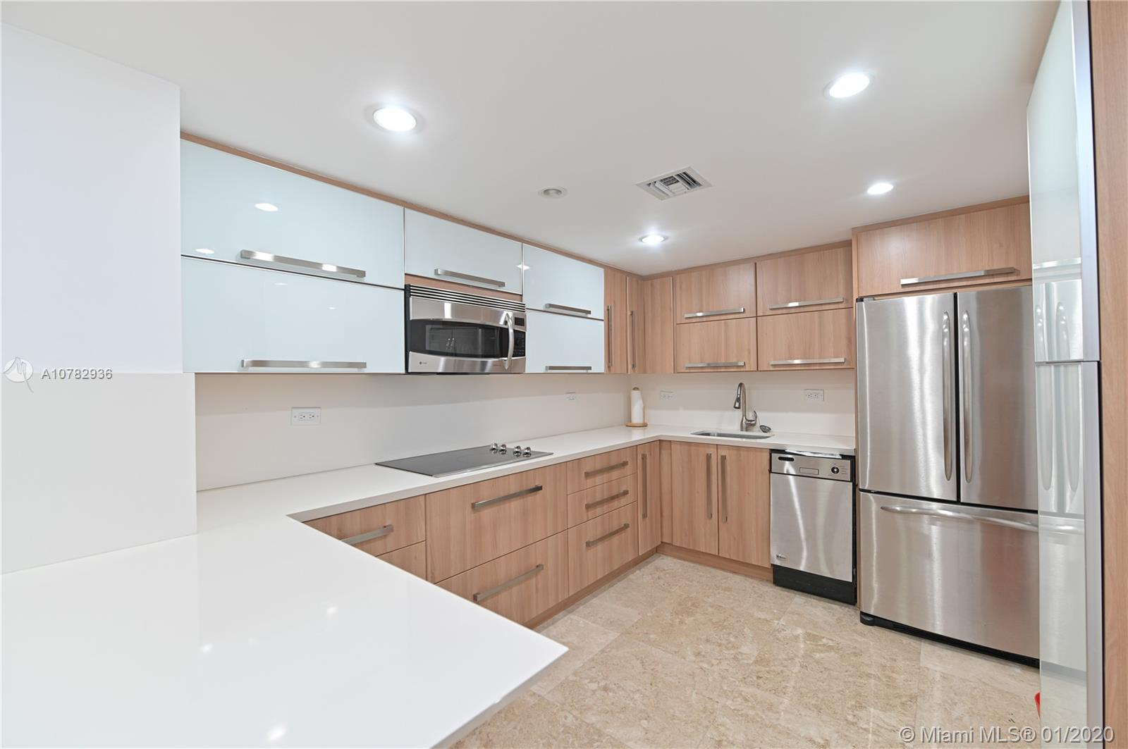5555 Collins Ave #10Z photo04