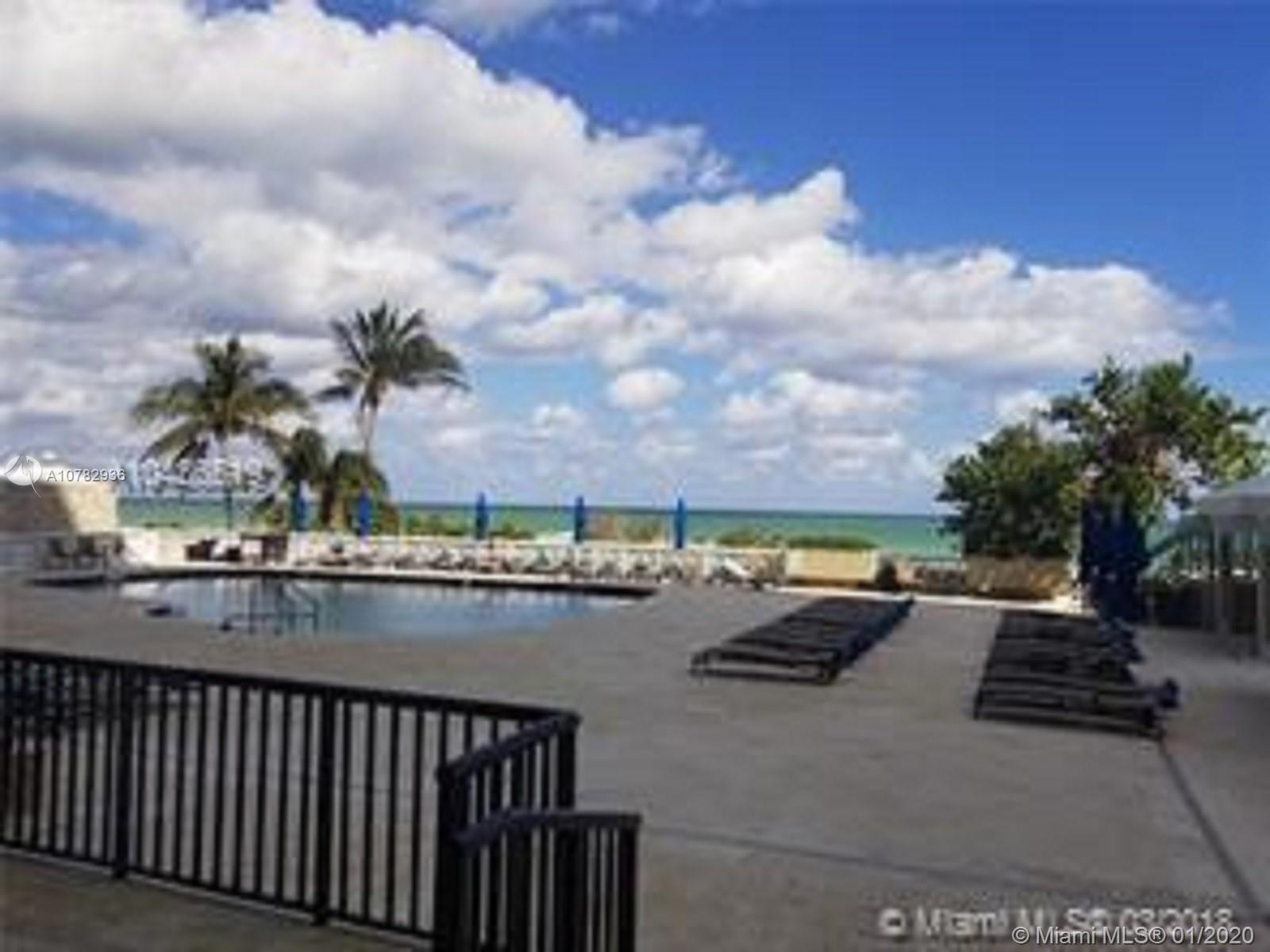 5555 Collins Ave #10Z photo021