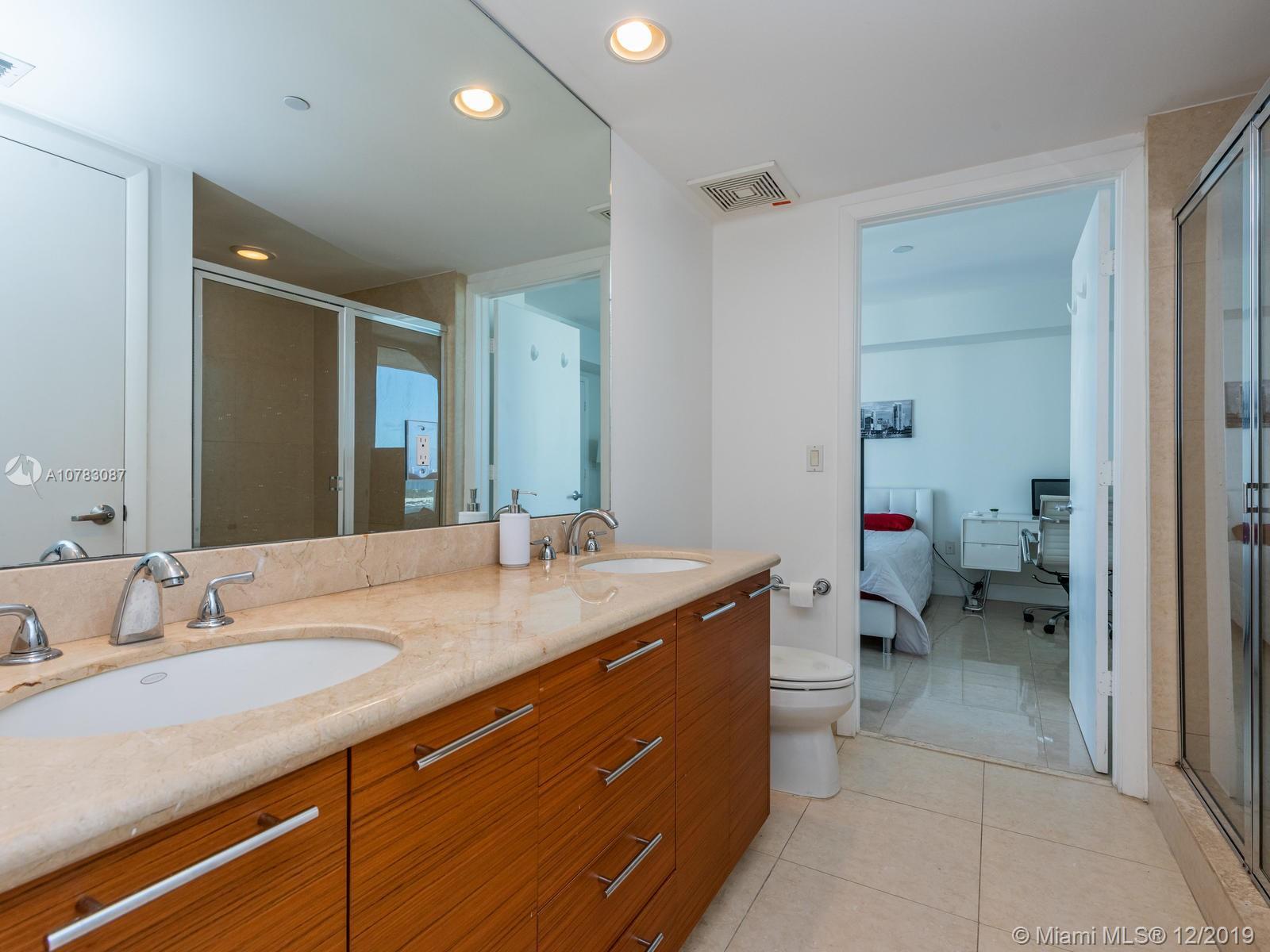 Property 50 Biscayne Blvd #3202 image 25