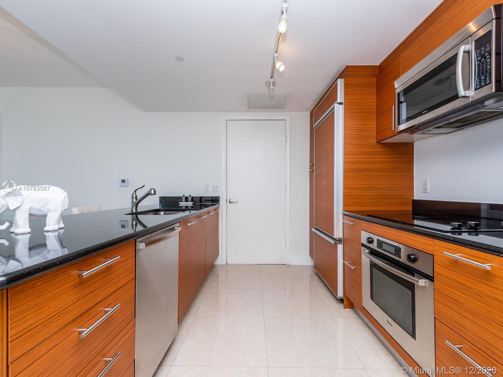 Property 50 Biscayne Blvd #3202 image 6