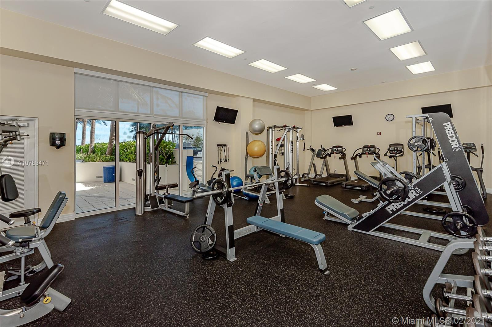 6917 Collins Ave #809 photo022