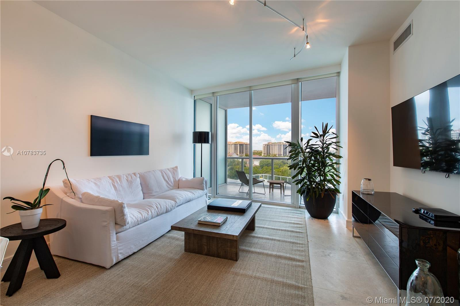 Photo of Continuum South Tower Apt 502