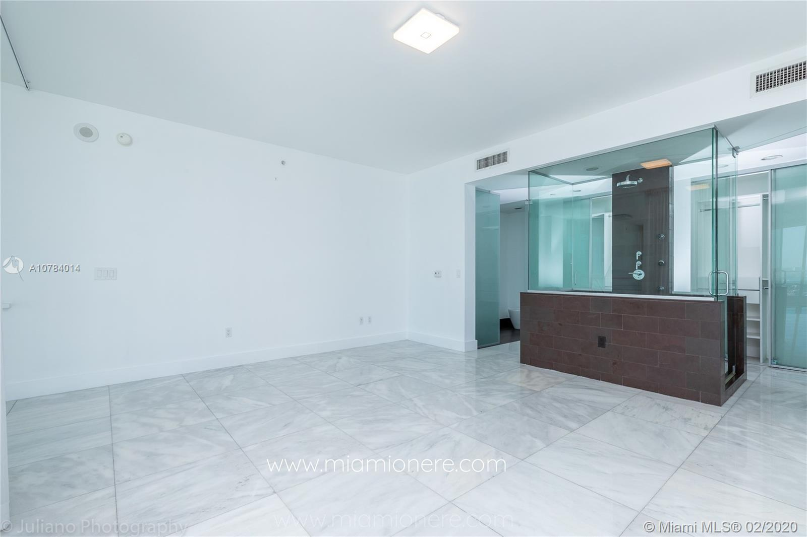Property 1040 Biscayne Blvd #2104 image 15