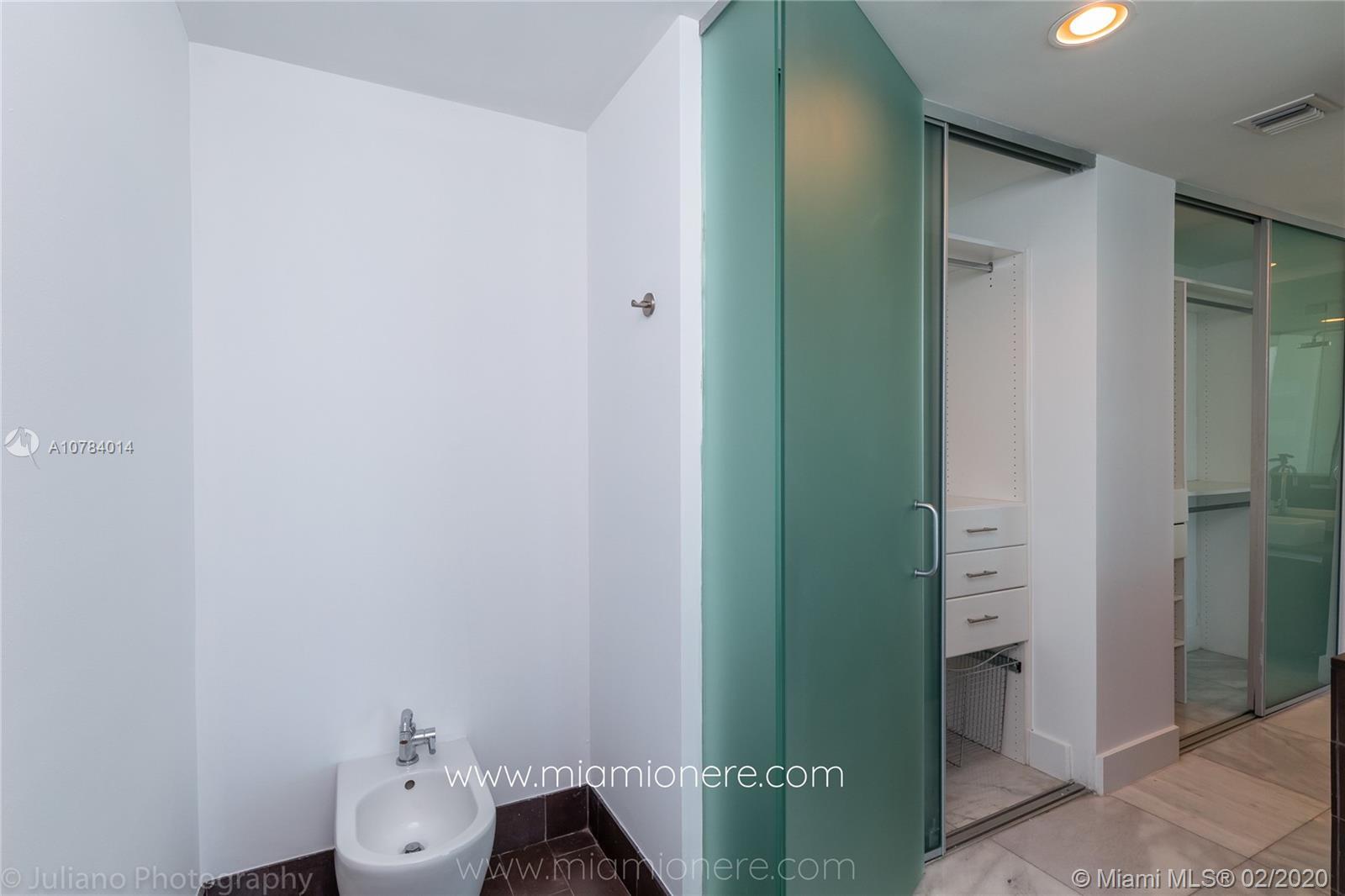 Property 1040 Biscayne Blvd #2104 image 31