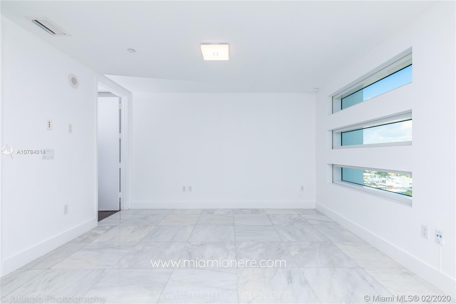 Property 1040 Biscayne Blvd #2104 image 23