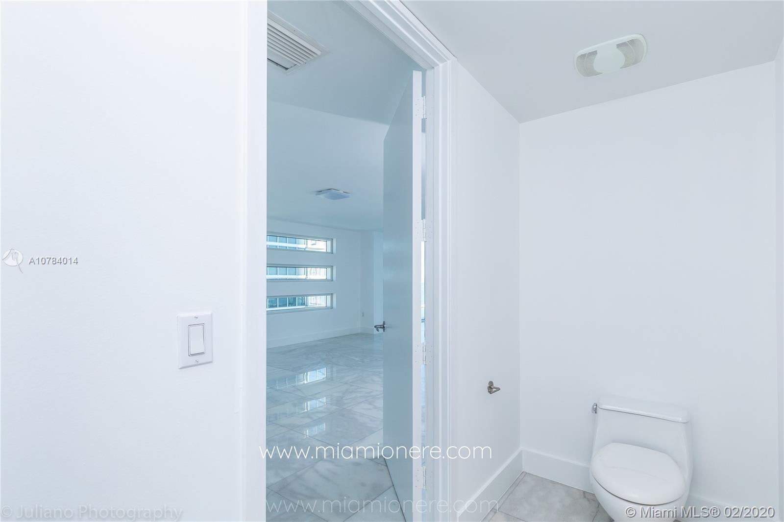 Property 1040 Biscayne Blvd #2104 image 39
