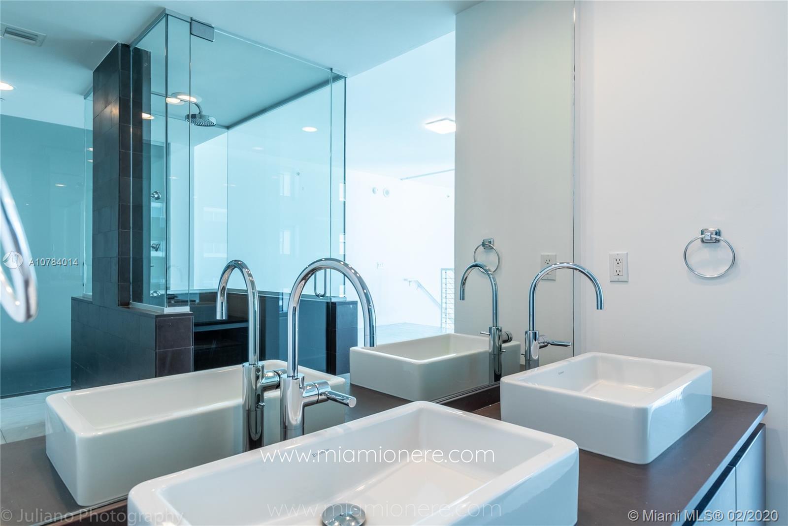 Property 1040 Biscayne Blvd #2104 image 34