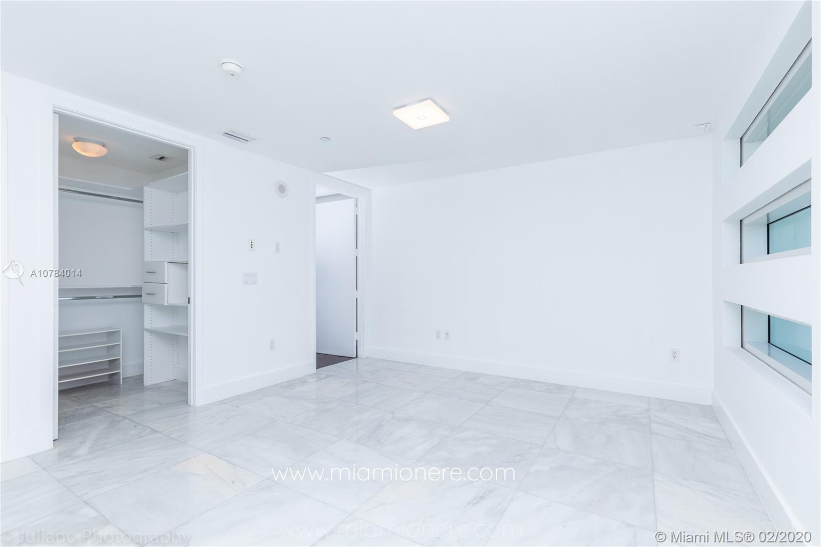 Property 1040 Biscayne Blvd #2104 image 24