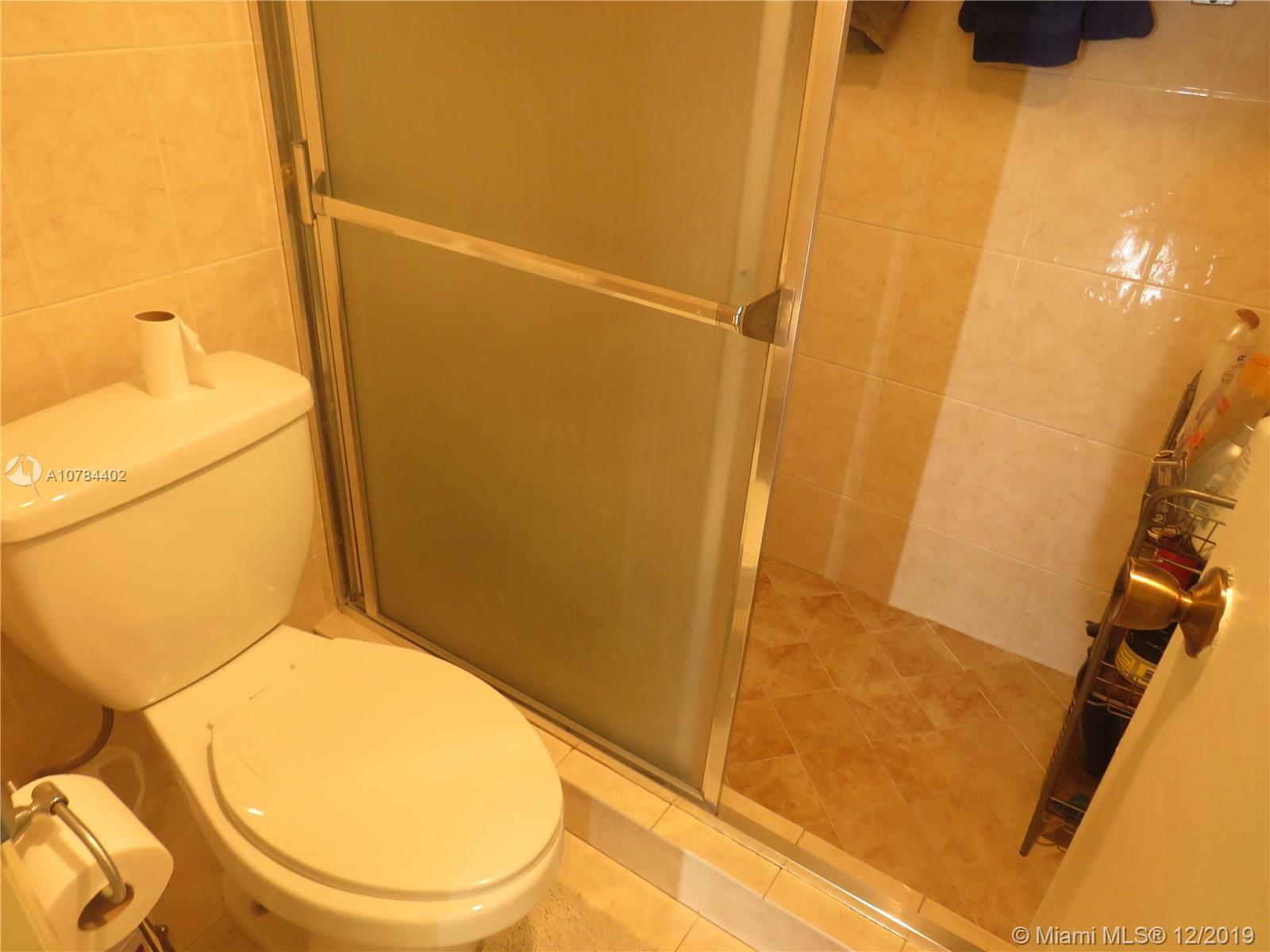 1681 NW 70th Ave # 414, Plantation, Florida 33313, 2 Bedrooms Bedrooms, 1 Room Rooms,2 BathroomsBathrooms,Residential,For Sale,1681 NW 70th Ave # 414,A10784402