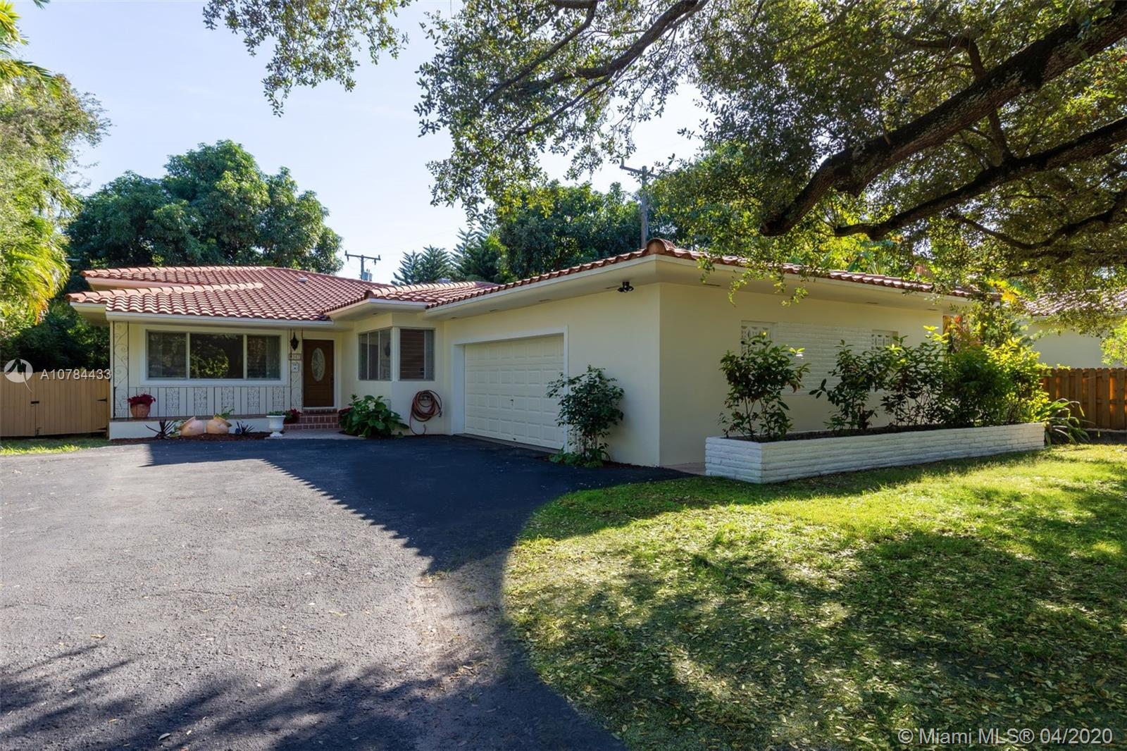 9351 NE 12th Ave, Miami Shores, Florida 33138, 5 Bedrooms Bedrooms, ,4 BathroomsBathrooms,Residential,For Sale,9351 NE 12th Ave,A10784433