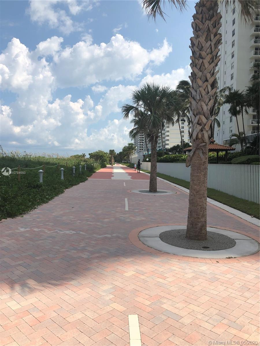 5757 Collins Ave #1002 photo02