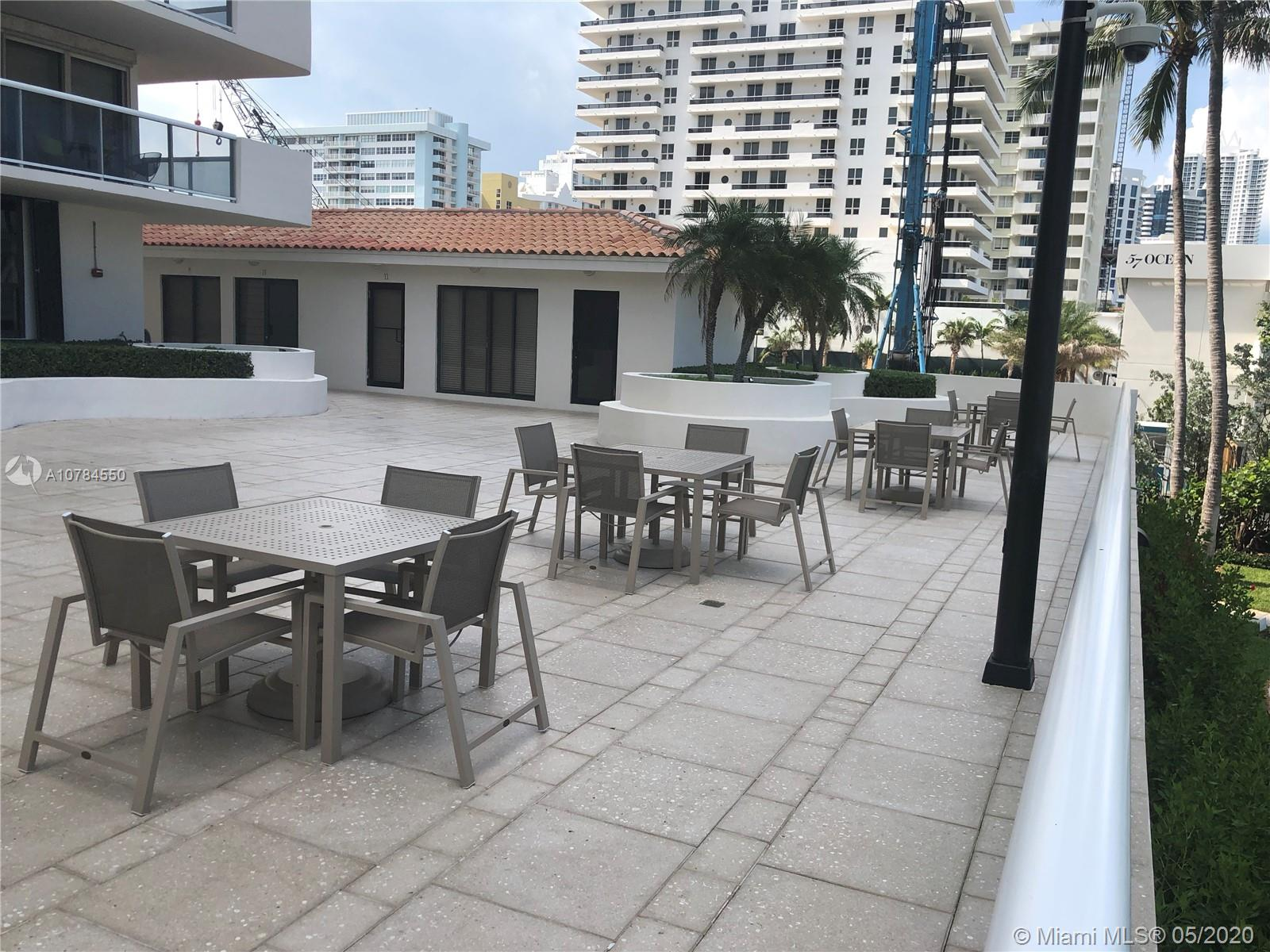 5757 Collins Ave #1002 photo07