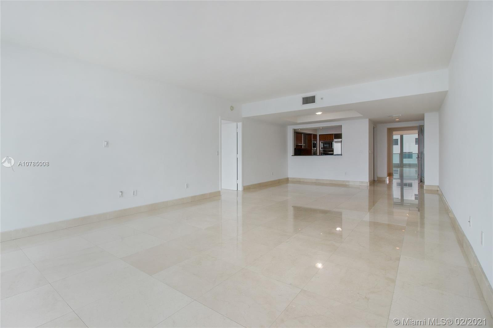 1331 Brickell Bay Dr #4305 photo09