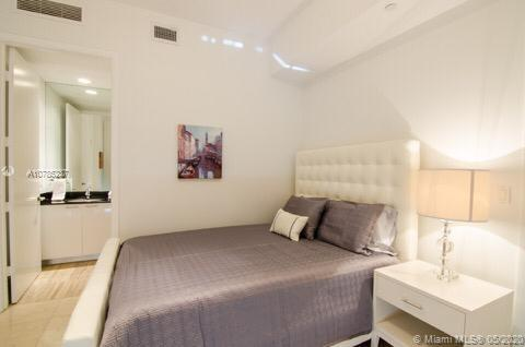 Property 15811 Collins Ave #402 image 14