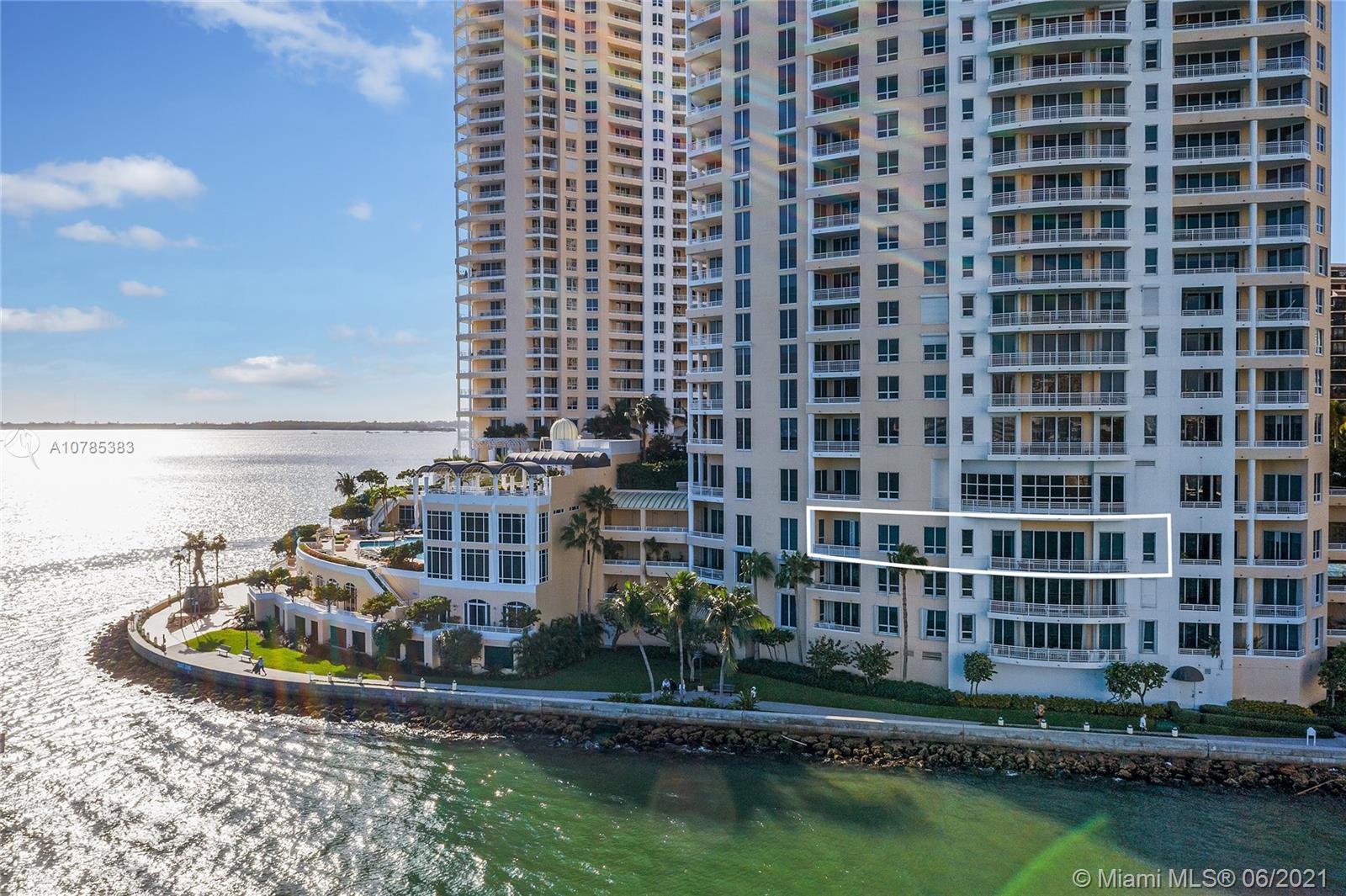 Three Tequesta Point #404 - 848 Brickell Key Dr #404, Miami, FL 33131