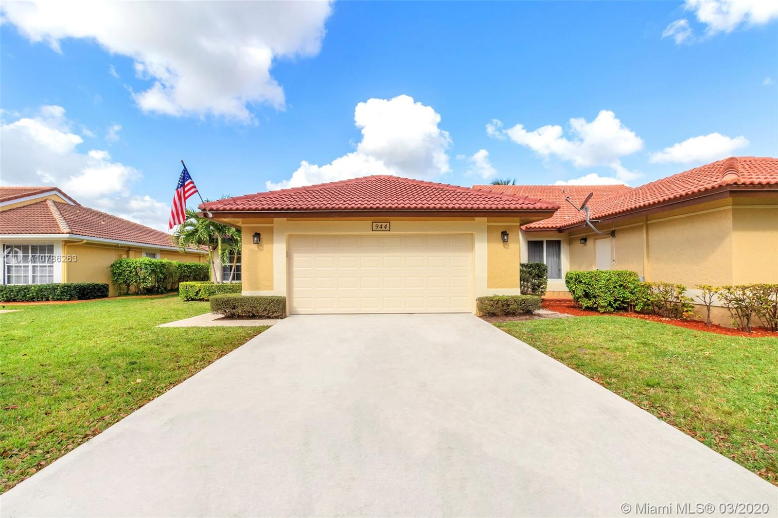 Property for sale at 944 NW 104th LANE Unit: 944, Coral Springs,  Florida 33071