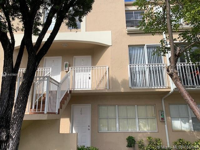 8665 NW 6th Ln # 209, Miami, Florida 33126, 2 Bedrooms Bedrooms, ,2 BathroomsBathrooms,Residential Lease,For Rent,8665 NW 6th Ln # 209,A10786312