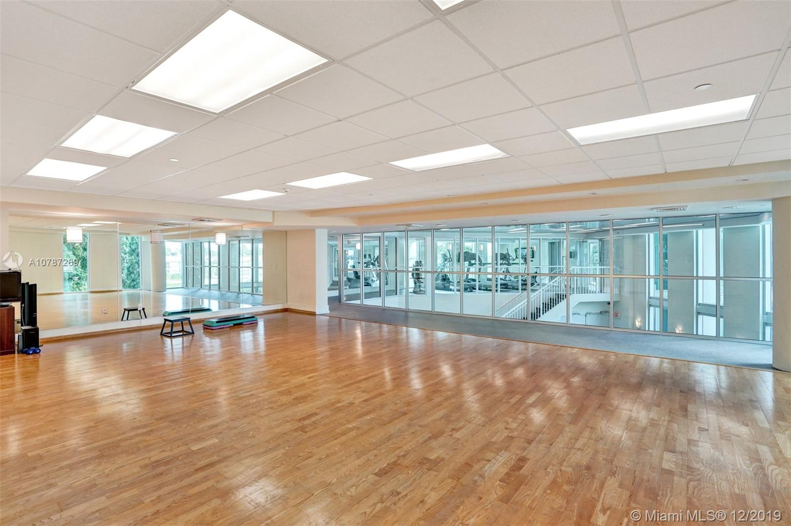 Photo of 3131 NE 188th St #2-702 listing for Sale