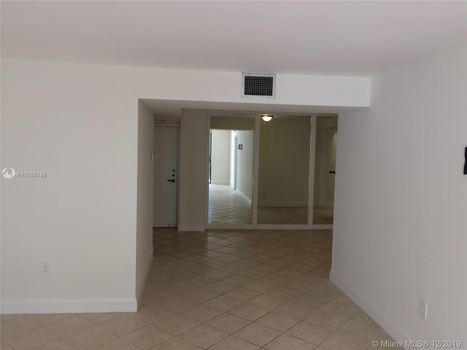 2333 Brickell Avenue #314 photo07