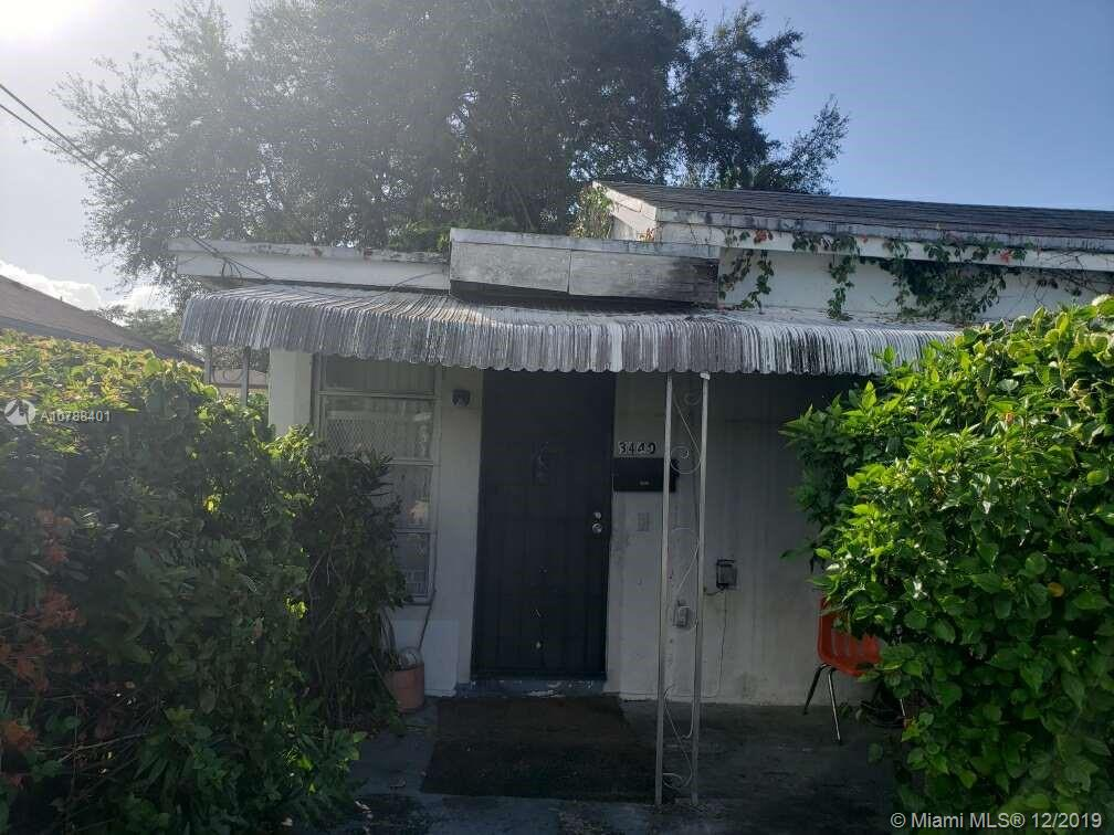 3440 Oak Ave photo010