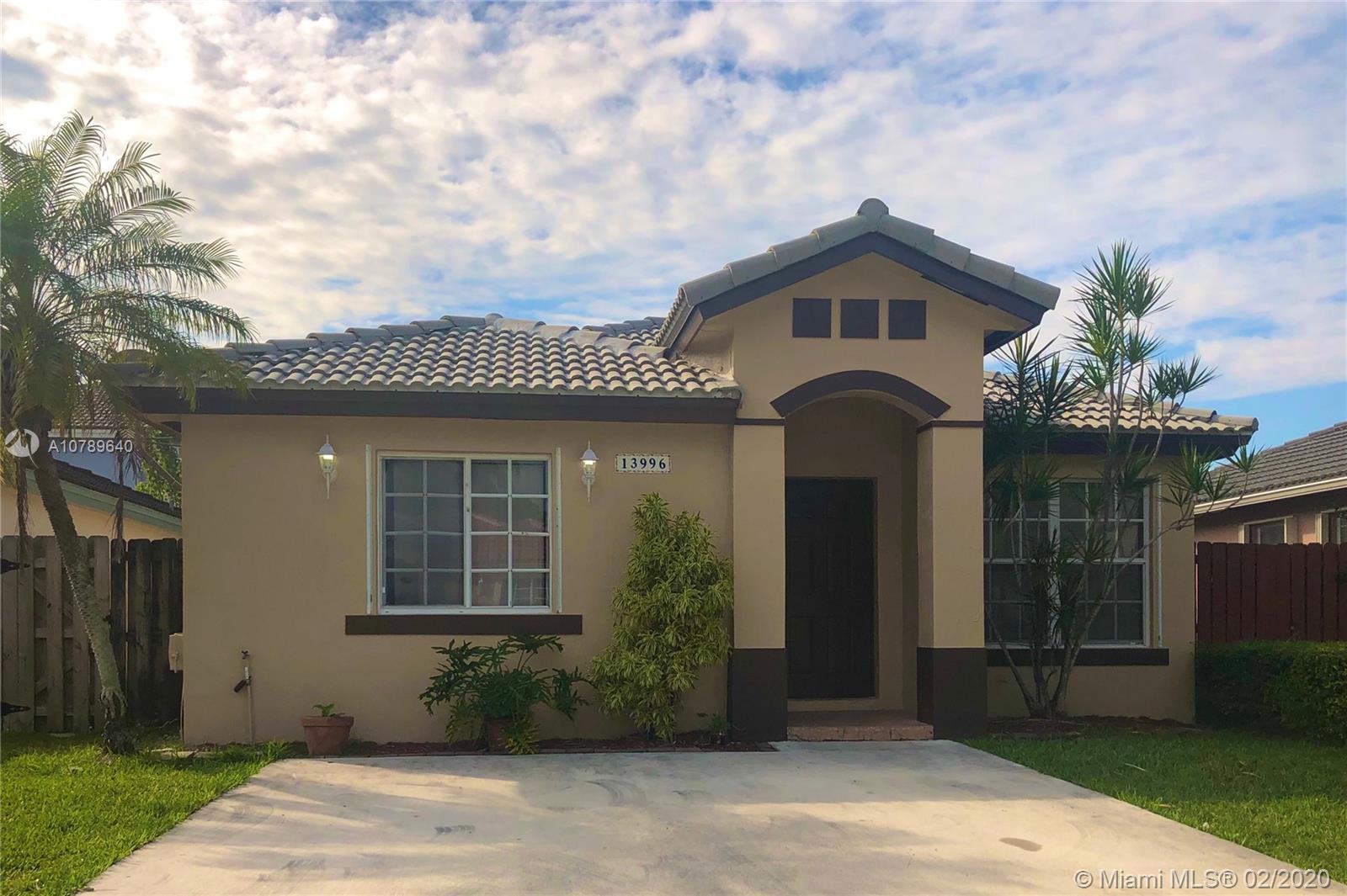 13996 SW 150th Ct - Miami, Florida
