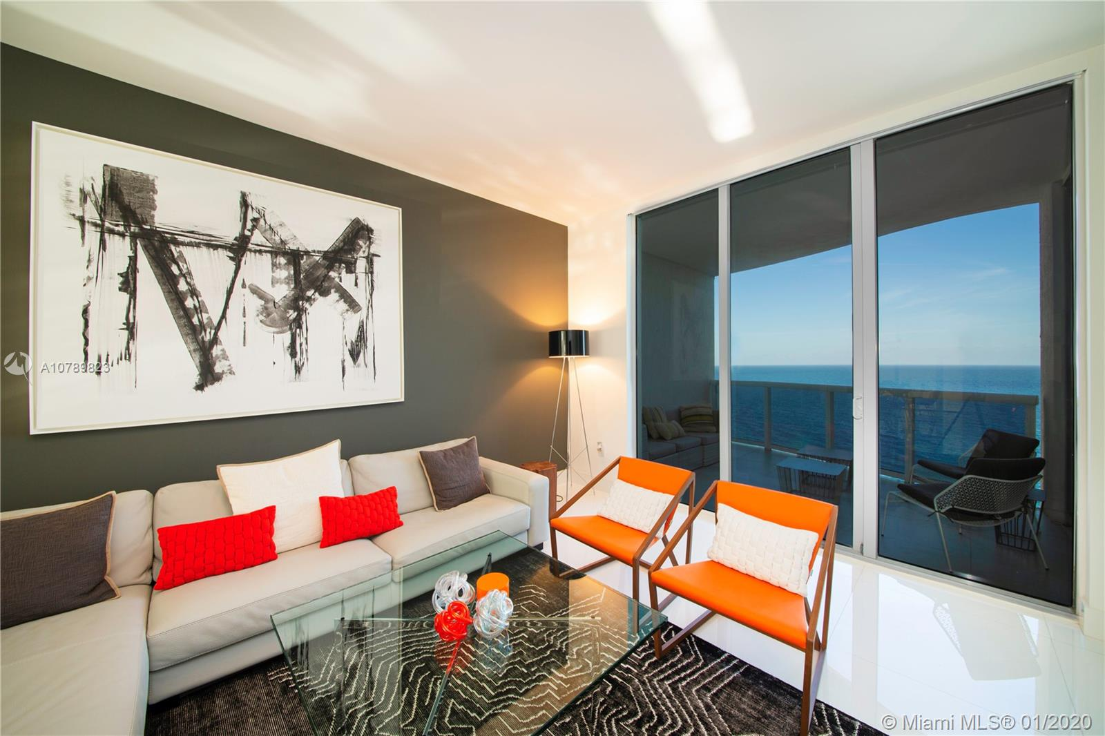 15811 Collins Ave, 1604 - Sunny Isles Beach, Florida