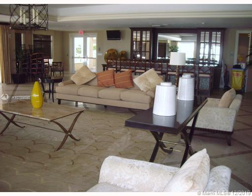 Property 19900 E Country Club Dr #1218 image 4