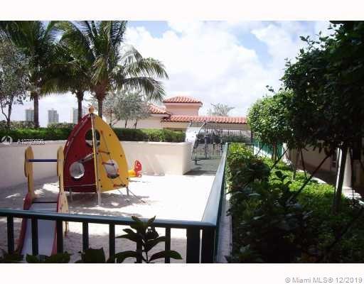 Property 19900 E Country Club Dr #1218 image 20