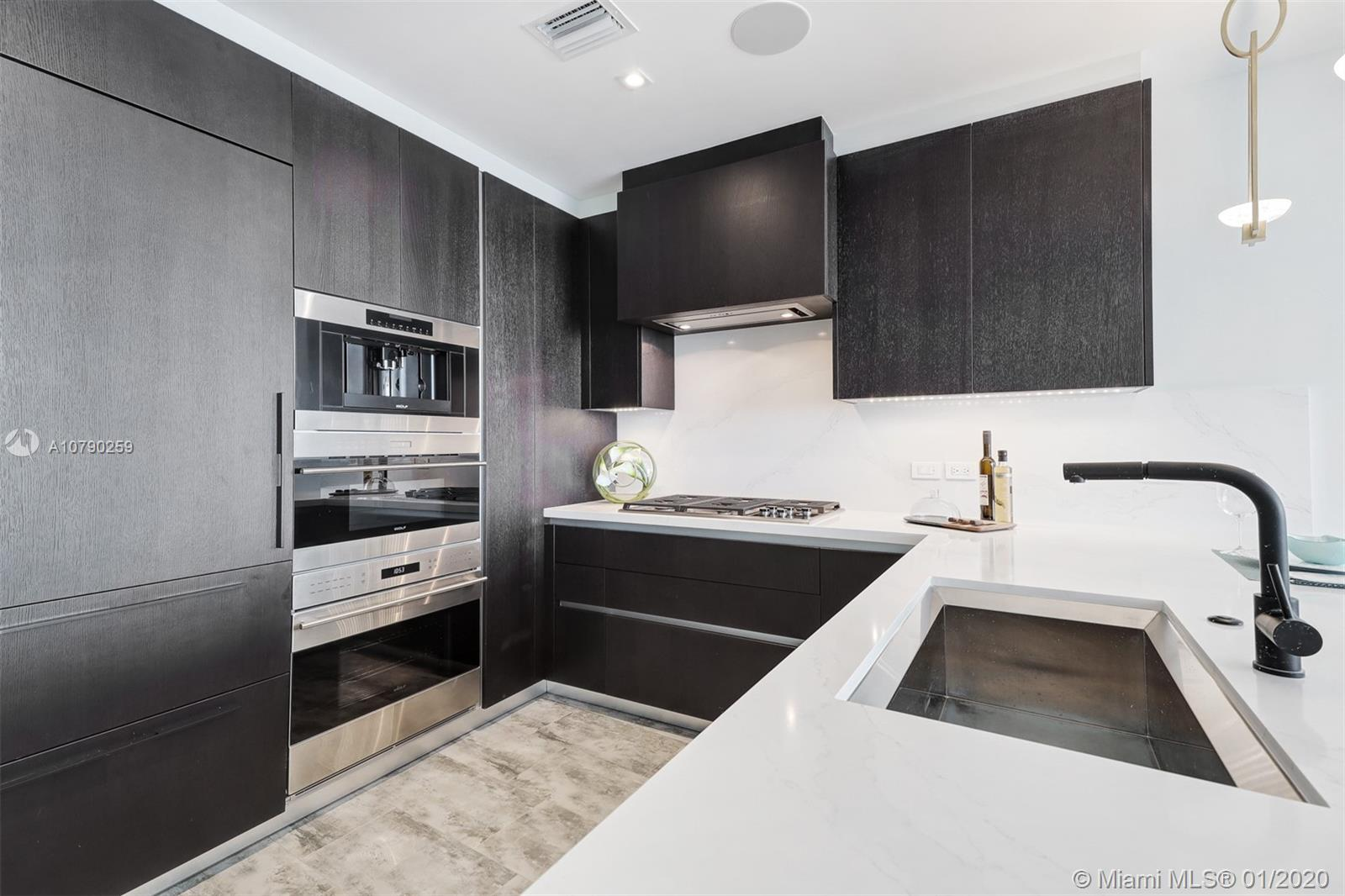 Photo of 2200 N Ocean Blvd #S1402 listing for Sale