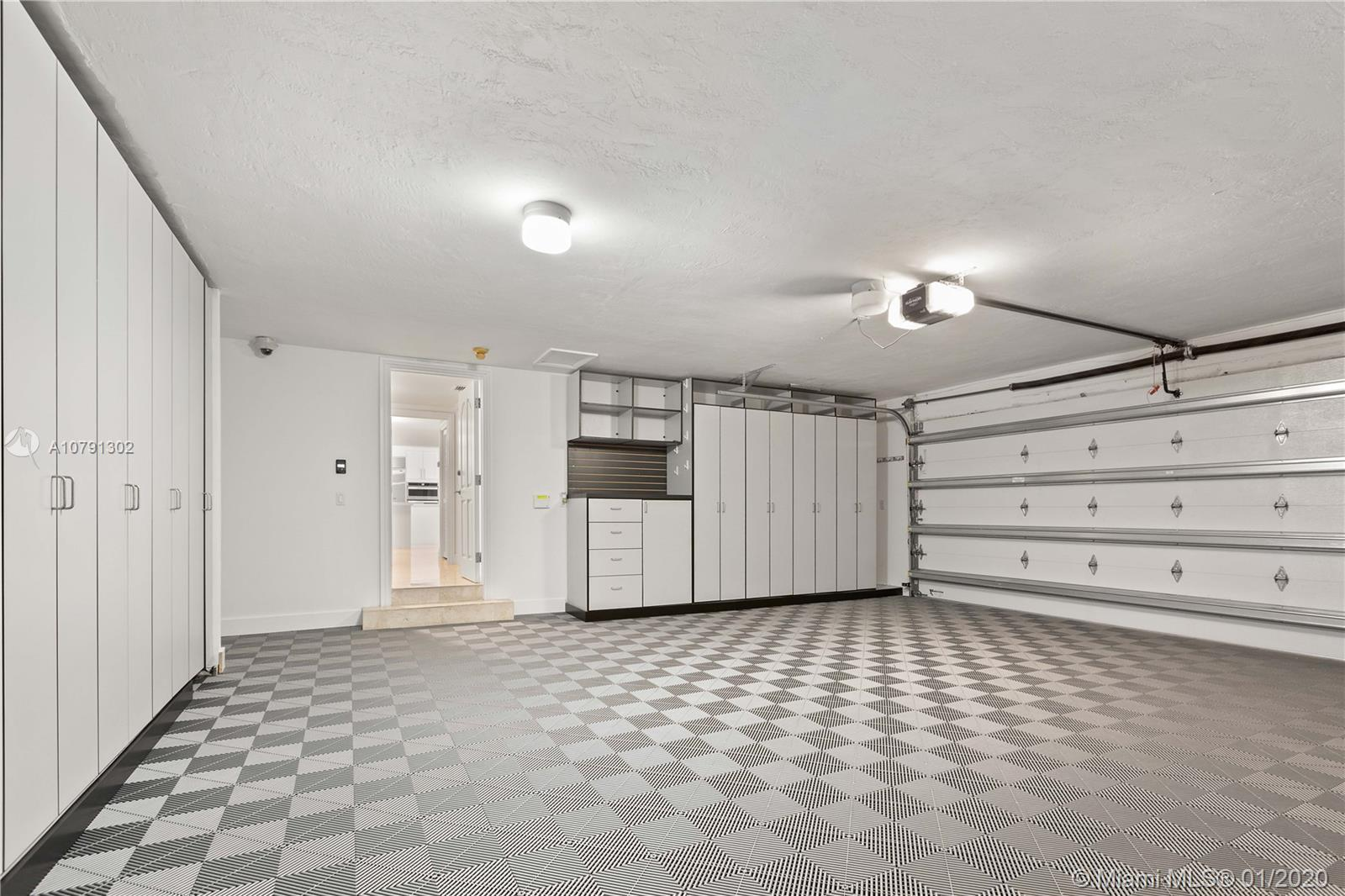 Photo of 7161 E Lago Dr # listing for Sale