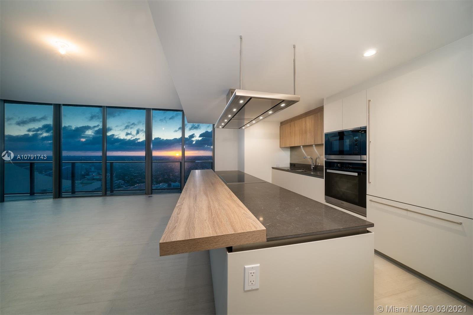 Photo of 1000 BRICKELL PLAZA #4902 listing for Sale