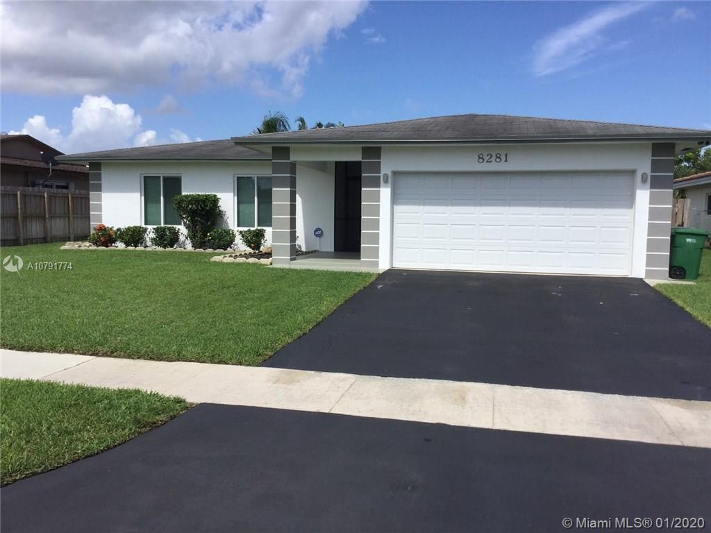 8281 NW 68th Ave - Tamarac, Florida