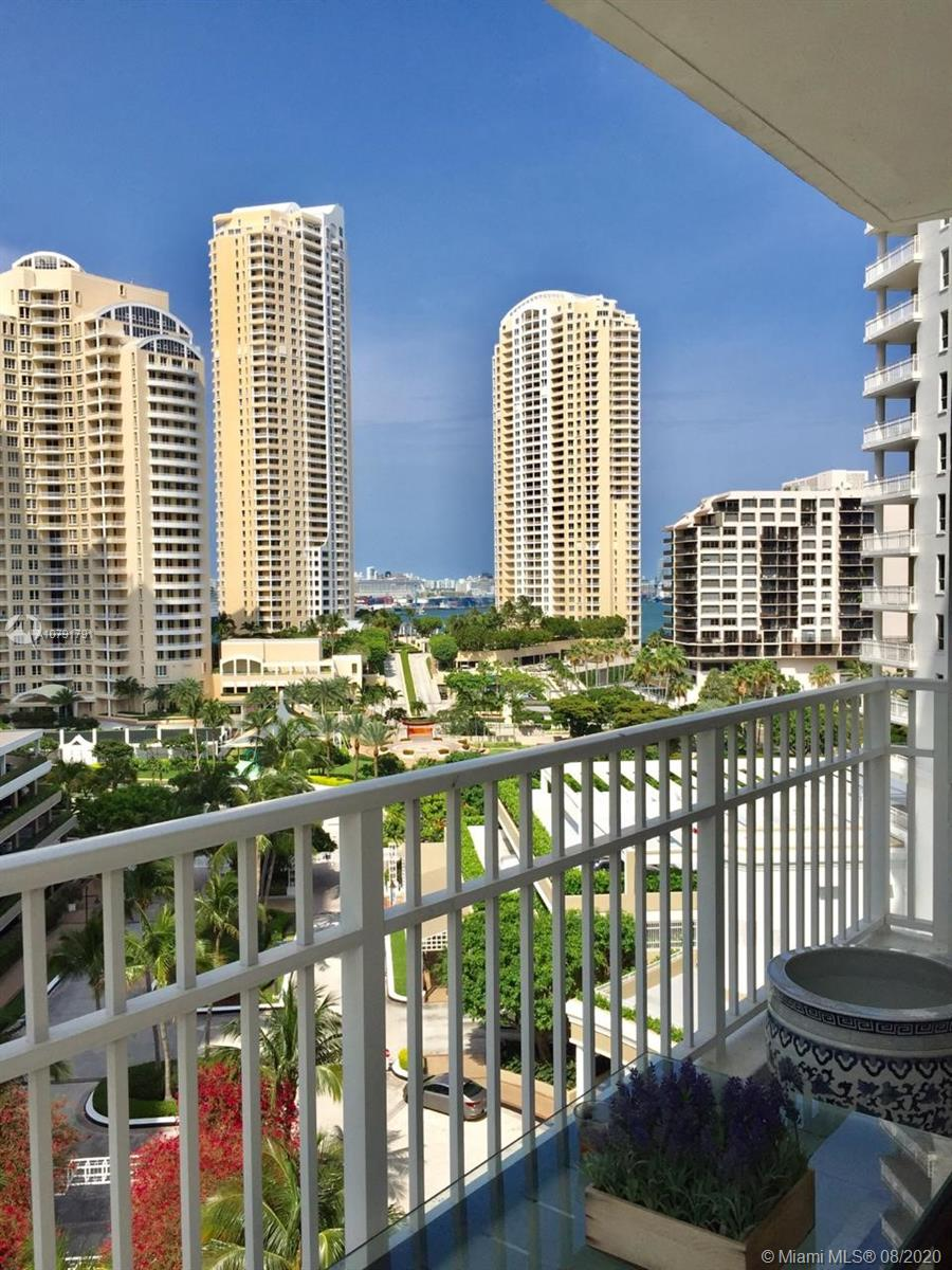 701 Brickell Key Blvd #1104 photo032