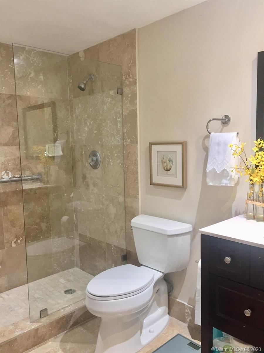 701 Brickell Key Blvd #1104 photo028