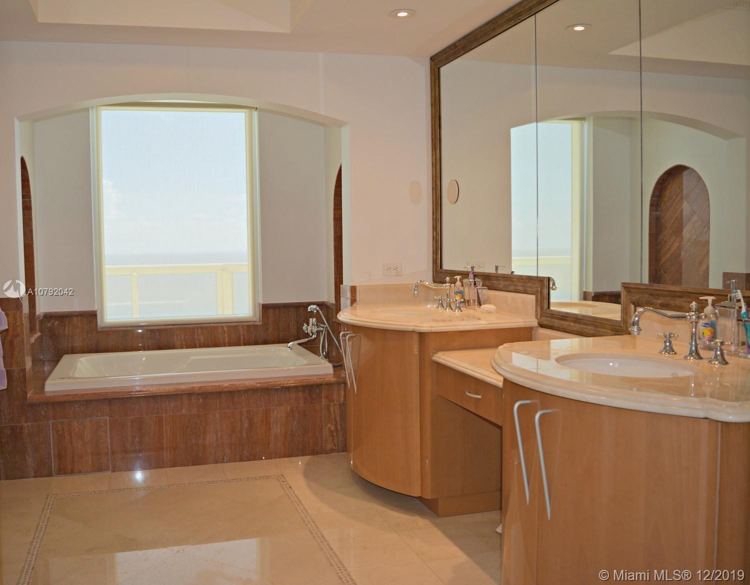 Property 17875 Collins Ave #3006 image 38