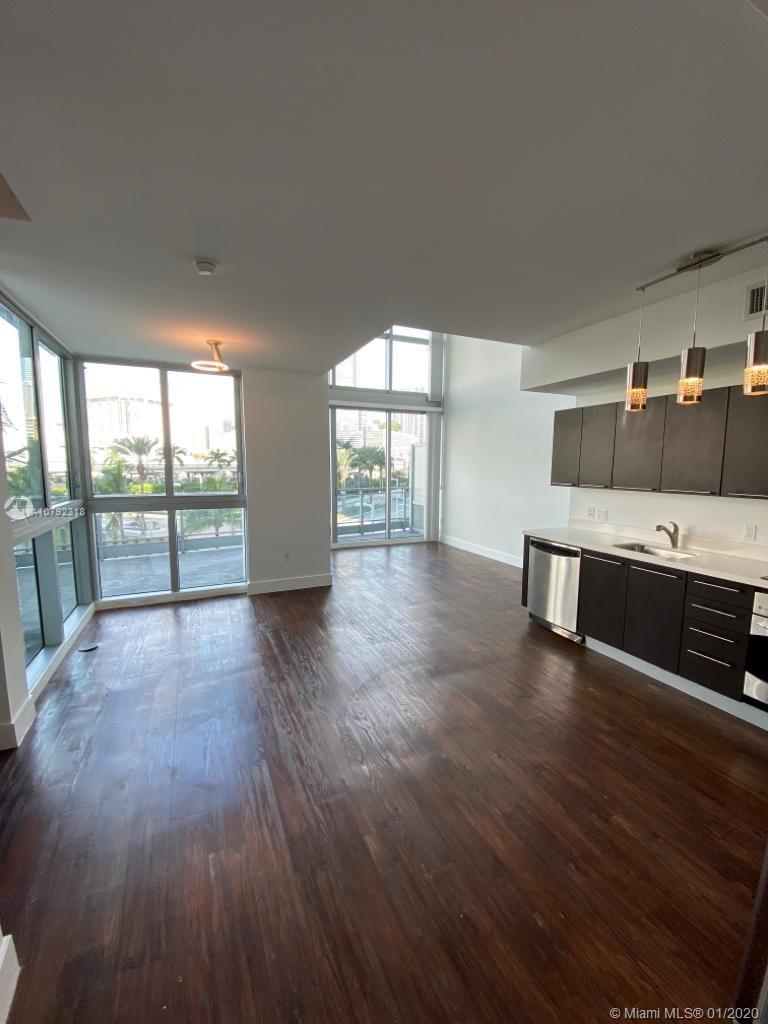 Photo of 90 SW 3rd St #TH300A listing for Sale