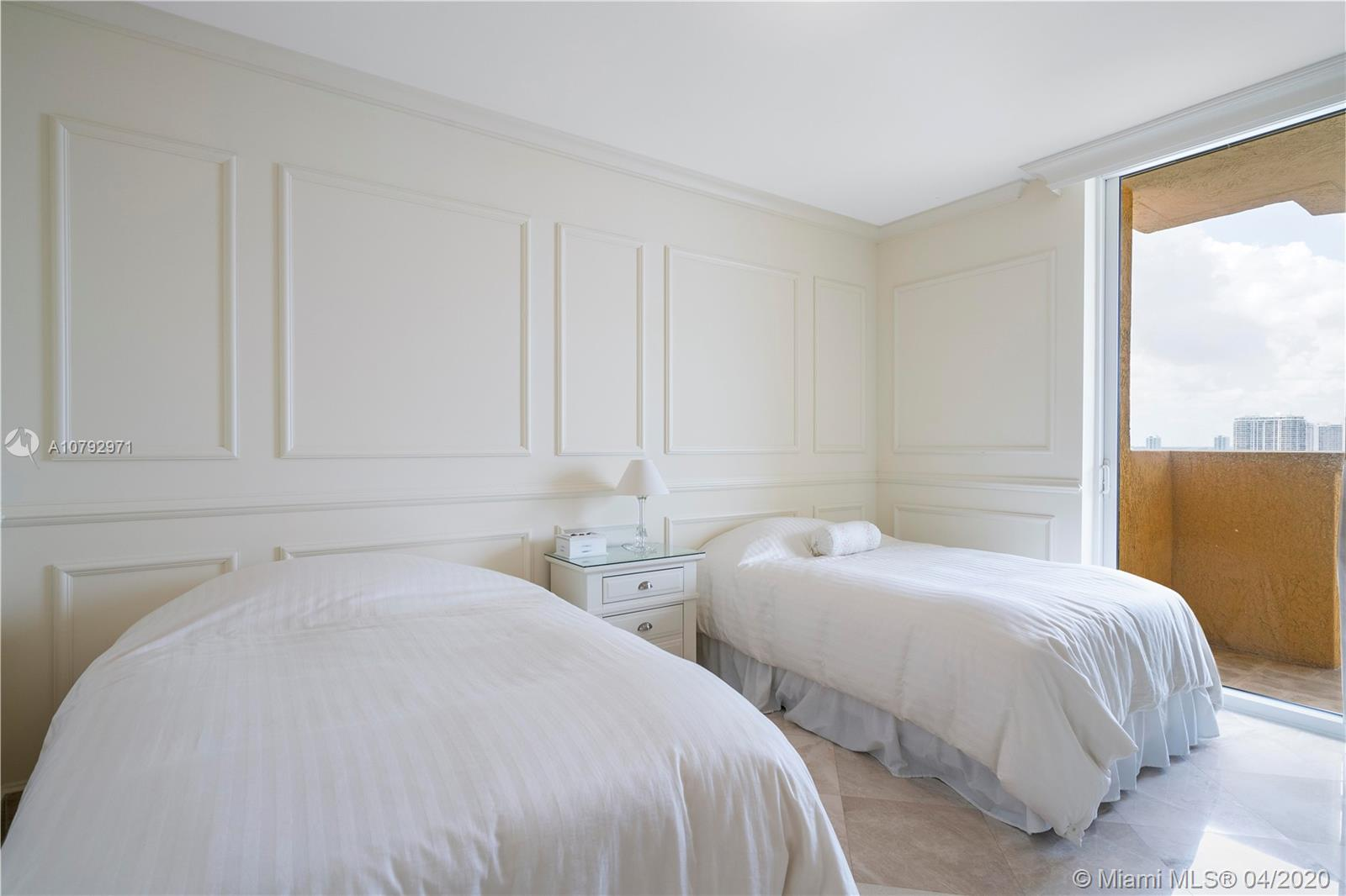Photo of 17875 Collins Ave #1902 listing for Sale