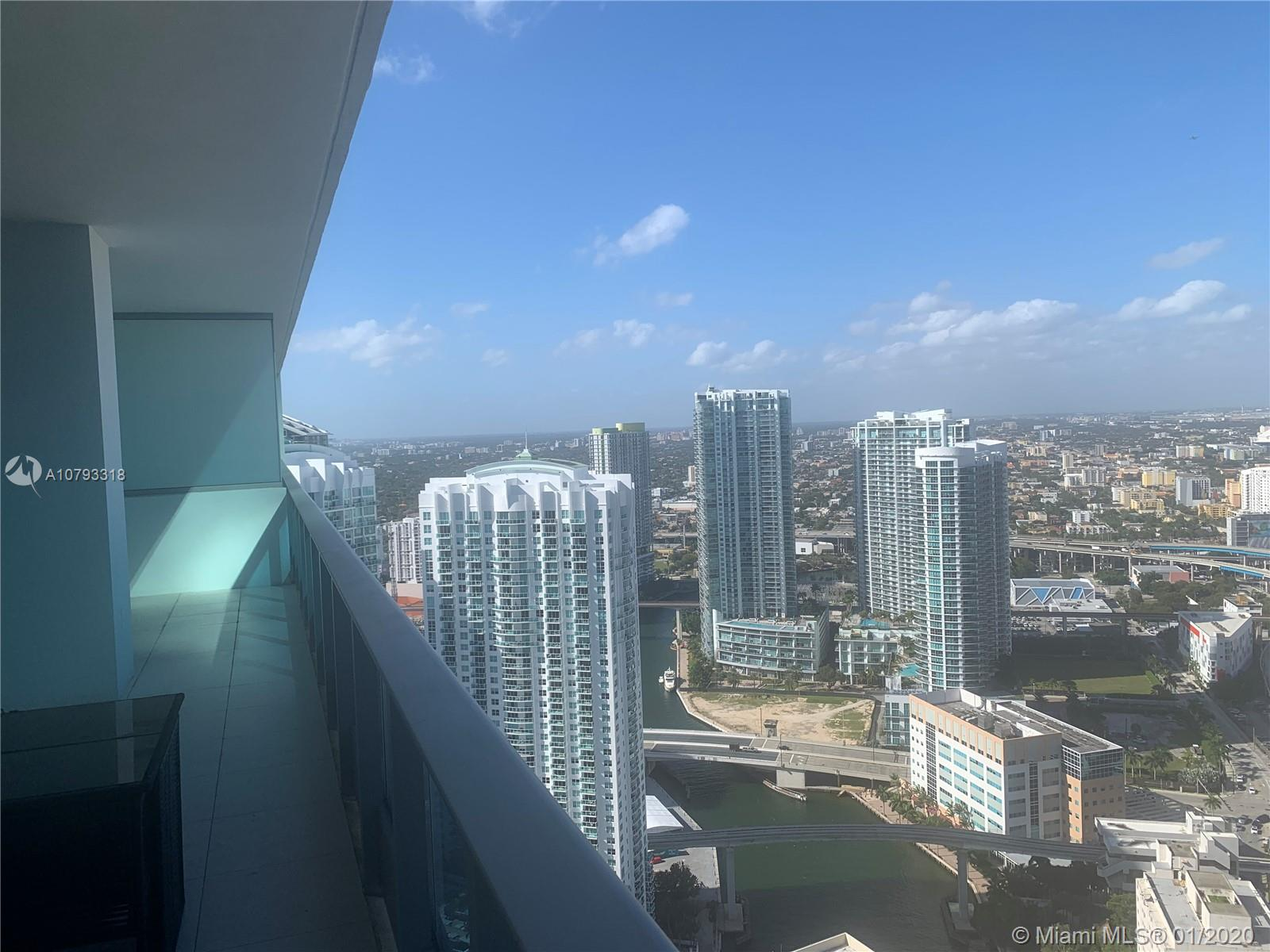 Photo of 200 Biscayne Boulevard Way #4810 listing for Sale