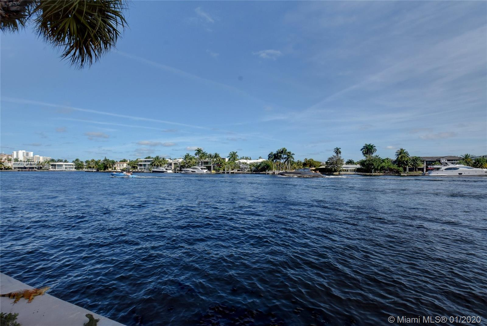 Photo of 20281 E Country Club Dr #1104 listing for Sale