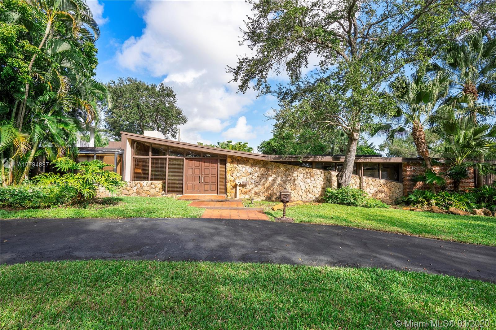 1245 NE 94th St, Miami Shores, Florida 33138, 3 Bedrooms Bedrooms, ,3 BathroomsBathrooms,Residential,For Sale,1245 NE 94th St,A10794887