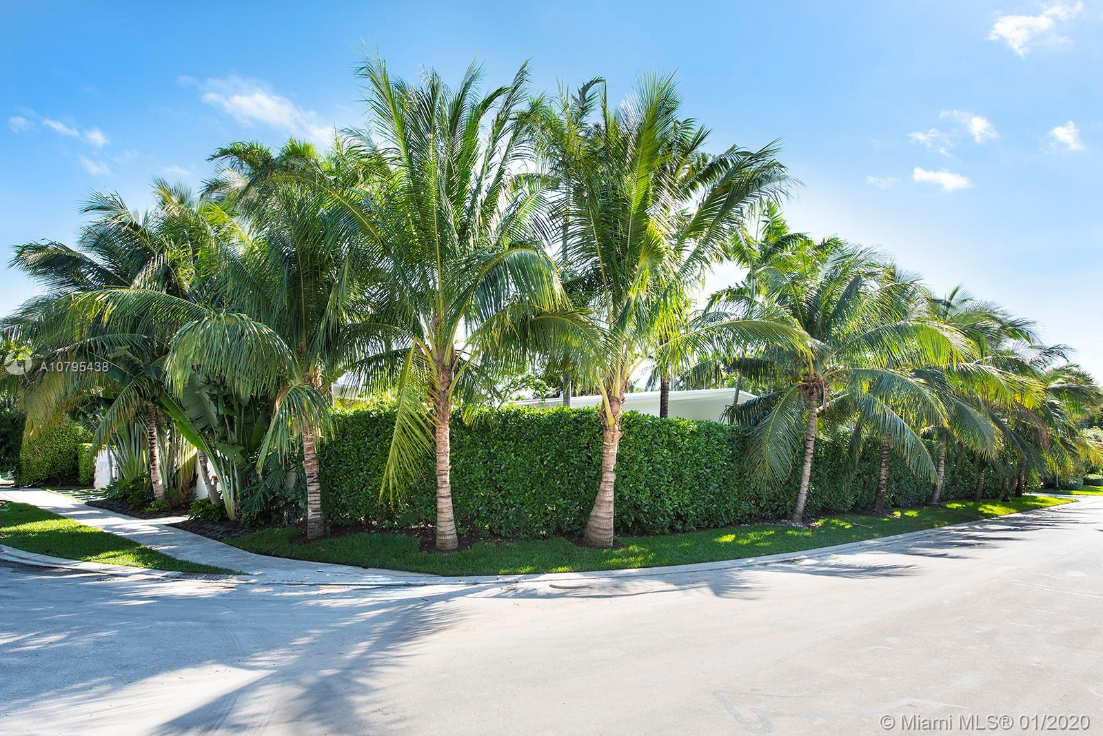 Photo of 321 W Dilido Dr # listing for Sale