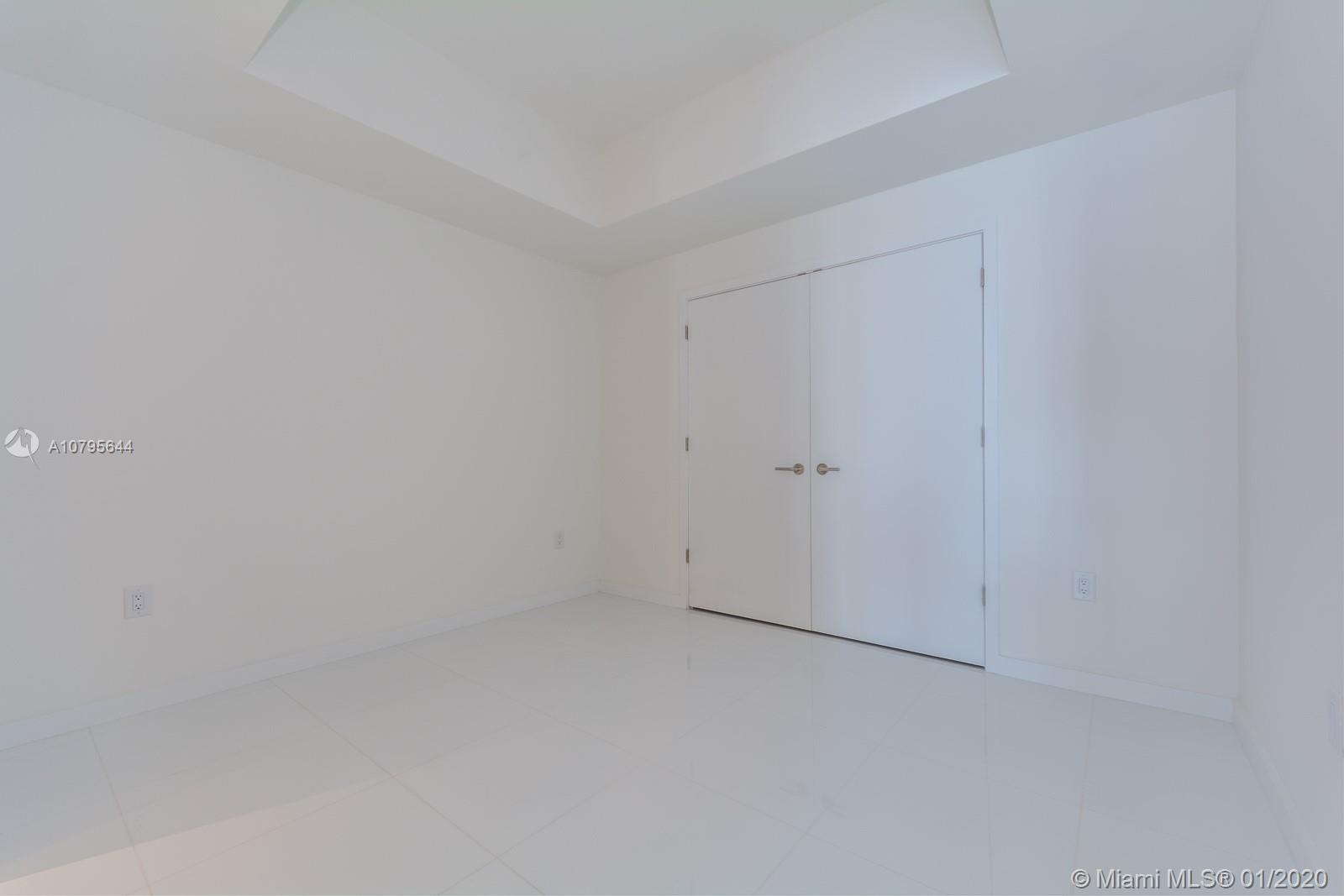 Photo of 851 NE 1ST AVENUE #4205 listing for Sale